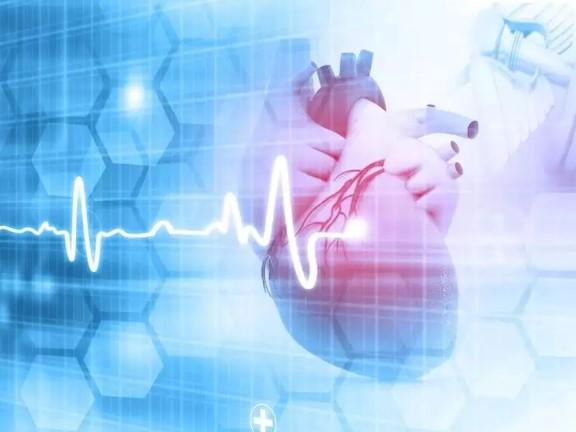 صورة احذر .. عدم انتظام معدل ضربات القلب مؤشر لإصابتك بفيروس كورونا
