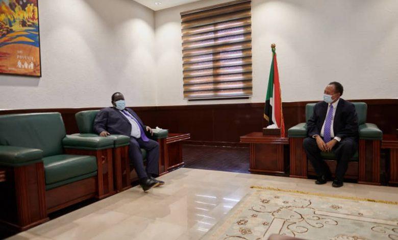 صورة السودان: تعرف على أدق تفاصيل لقاء حمدوك بتوت قلواك