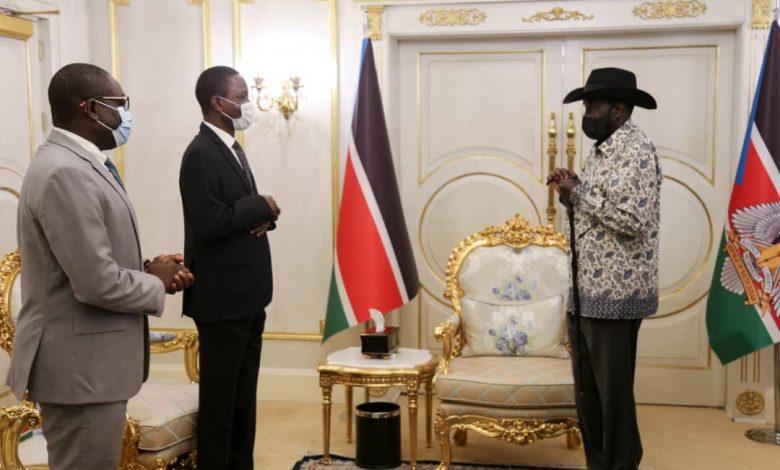 صورة السودان: سلفا كير يلتقي الوفد الحكومي المفاوض