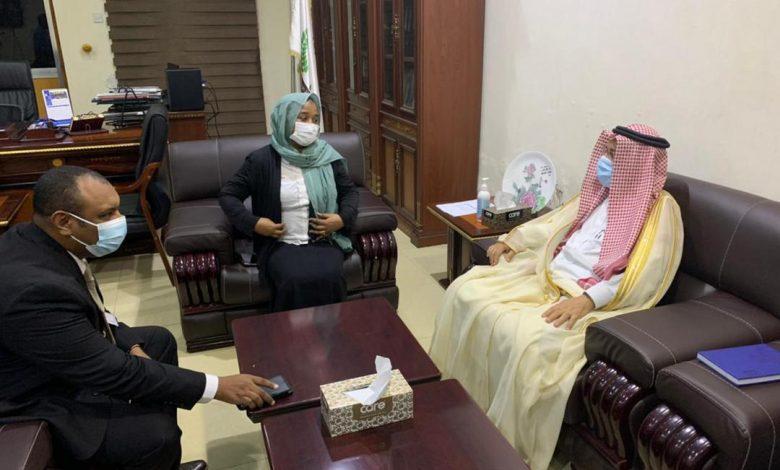 صورة السودان: السفير السعودي يبشر بمجموعة من المشروعات الطبية المجانية
