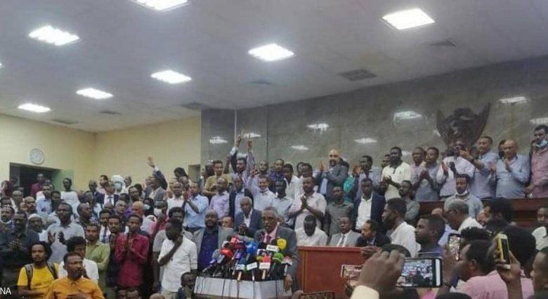 صورة السودان: حشود كبيرة تستجيب لنداء لجنة التفكيك