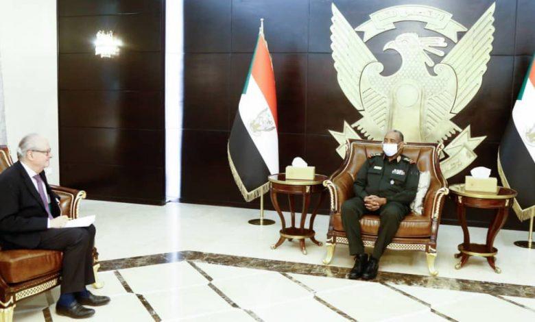 صورة السودان: ميشيل يخطر الرئيس البرهان برفض فرنسا لأي ممارسات تعيق الإنتقال السياسي